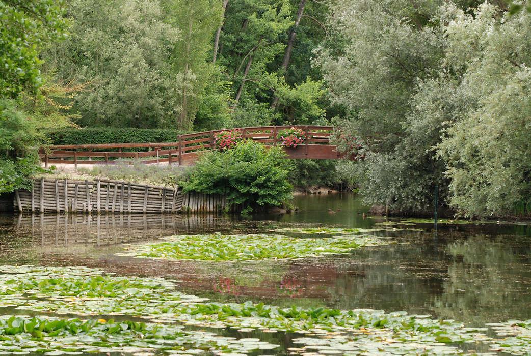 La chapelle saint luc parc et jardin potager serre et orangerie contemporain conservatoire - Serre jardin castorama reims ...