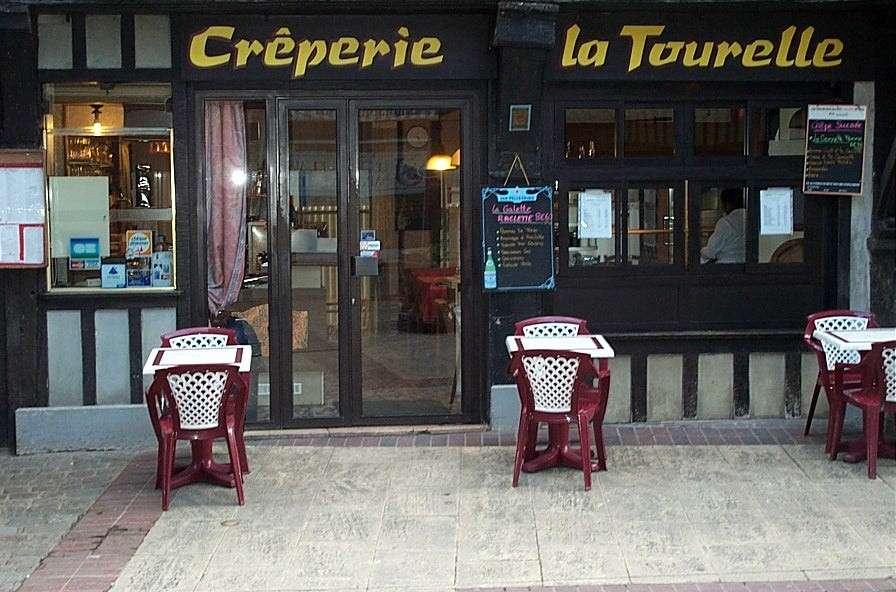 Cr perie la tourelle cuisine traditionnelle restaurant for Salon gastronomie troyes