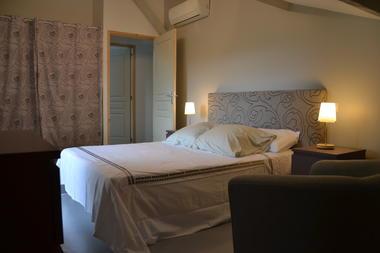 Chambre étage lit 140