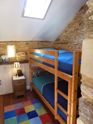 La chambre avec lits superposés