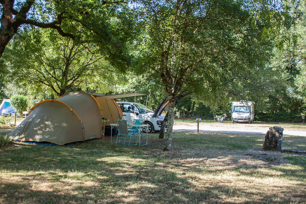Camping la ferme des campagnes vall e de la dordogne for Camping a la ferme dordogne piscine