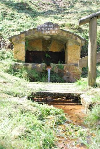 Brocas---Fontaine-saint-Jean-Baptiste-web--3-.jpg