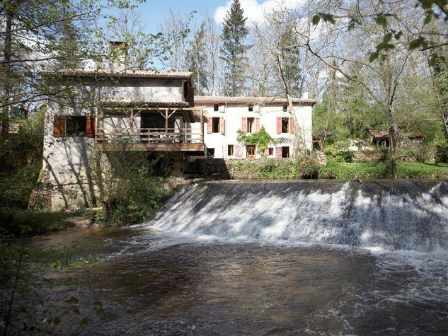 Bernos-Beulac---Moulin-de-Labarie.jpg