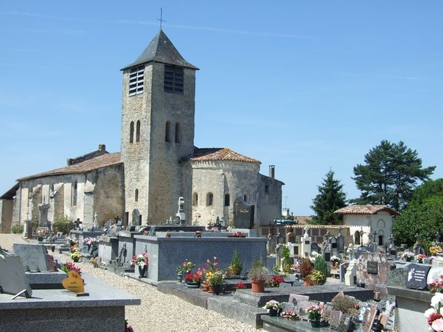 Eglise-du-Nizan.JPG