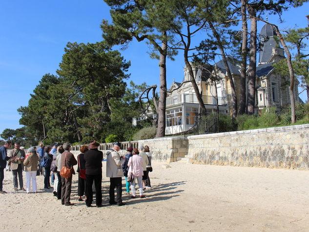 Visite-Taussat-devant-Castel-Landou-1-800x600.jpg