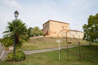 Hebergement---Chambre---Gite---Groupes---Chateau-d-Aon---Hontanx---Exterieur-2.jpg