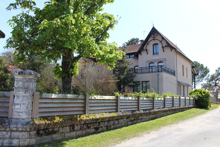 Villa-Tamaris.JPG