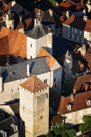 Vue tour de Martel © D.Viet-CRT Midi-Pyrénées.jpg