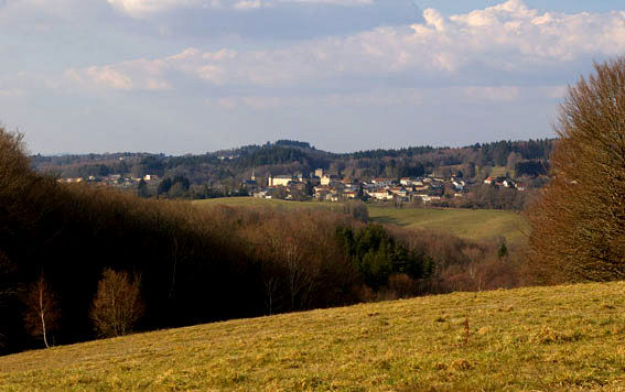 Vue de Sousceyrac.jpg