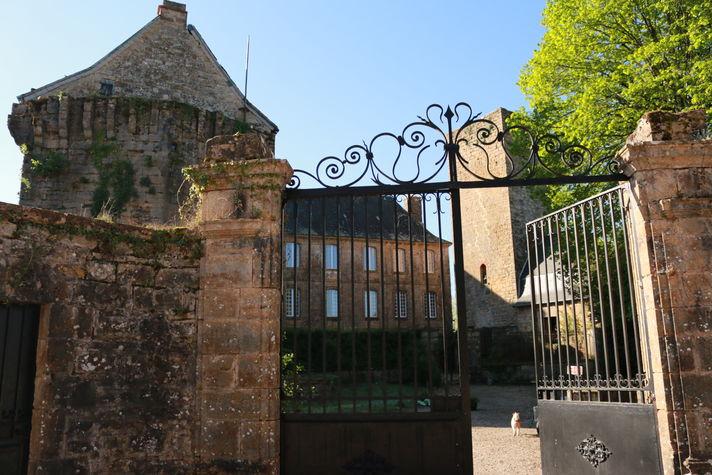 le château à cavagnac.jpg
