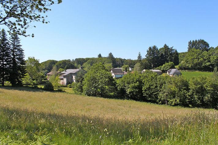 Hameau-Lalandiech-1.jpg