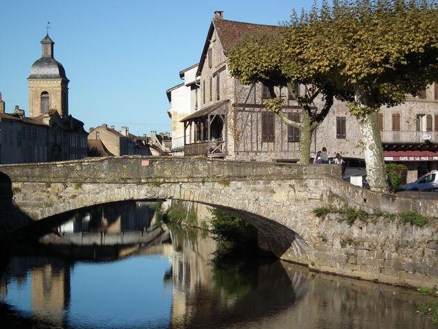 Le vieux pont.JPG