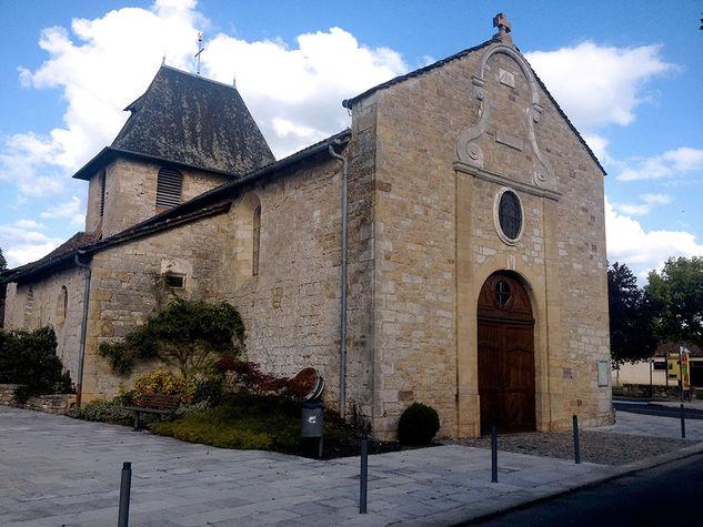 Eglise-Bretenoux.jpg