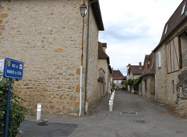 Rue-du-Manoir-de-la-Cère.jpg