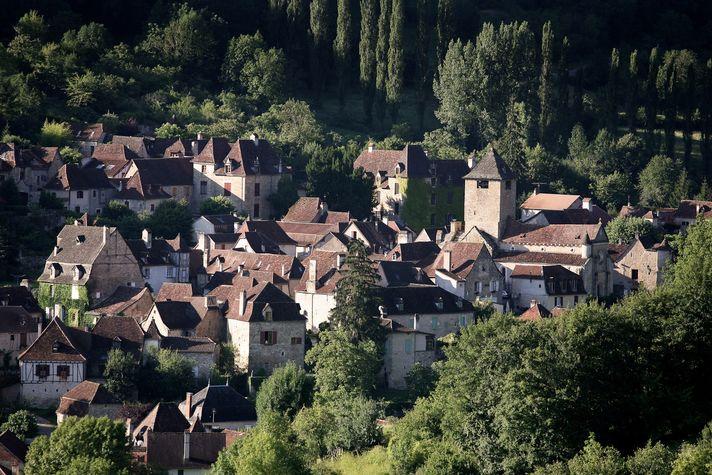 Village d' Autoire - -® Lot Tourisme - J. Morel.jpg
