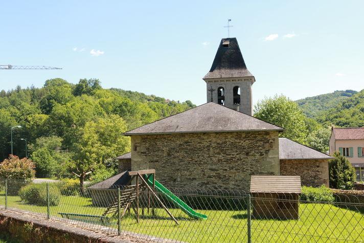 L'église de Latouille.JPG