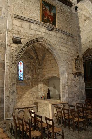 Thégra_Eglise - Chapelle - vierge noire.JPG