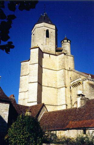 Martel église St-Maur ©PAHVD.jpg