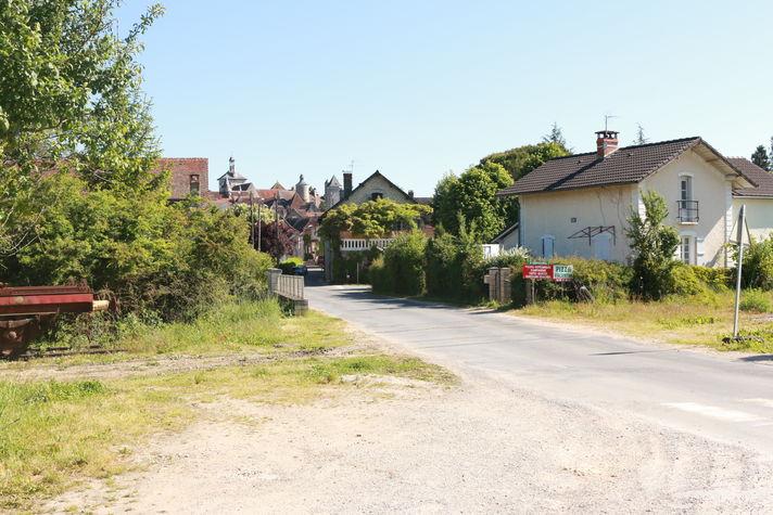 Le village depuis l'entrée du chemin.JPG