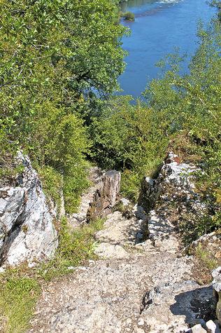 Escalier-rocher.jpg