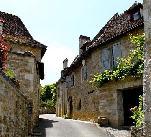Rue dans Carennac.jpg