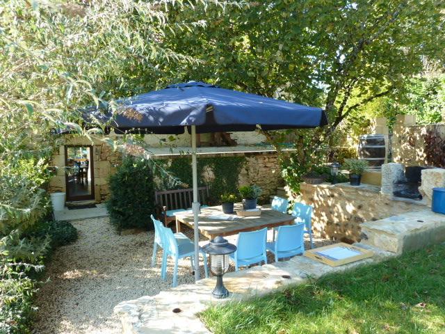 Terrasse privée avec barbecue
