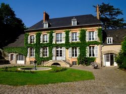 See more information about Manoir de Verzy - Champagne Veuve Clicquot