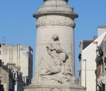 See more information about Monument to allied nurses of Reims