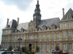 See more information about Reims Town Hall