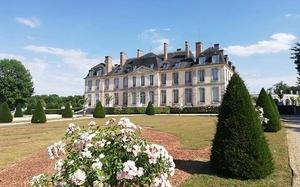 chateau-de-la-motte-tilly.jpg