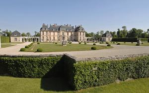 Château Motte-Tilly.jpg