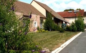 Marigny le Châtel 2.jpg