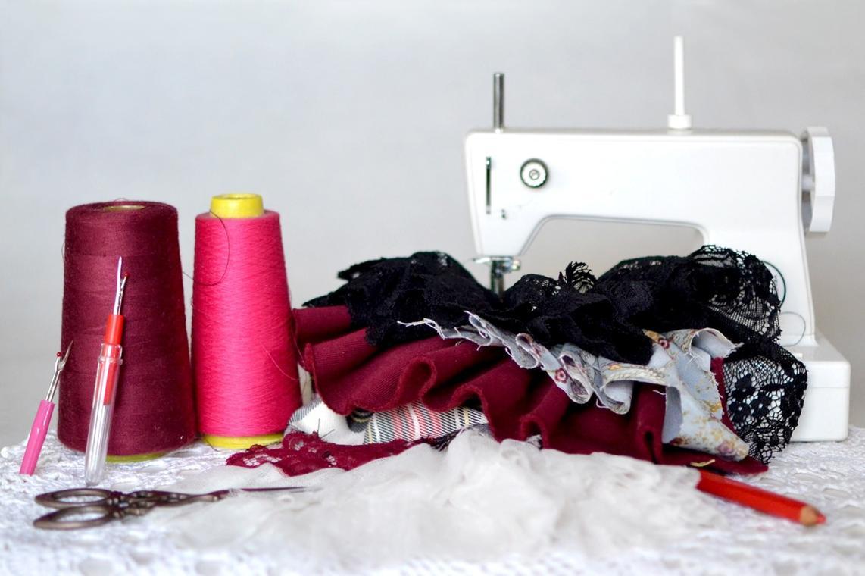 Atelier Initiation à la couture machine 21 avril.jpg