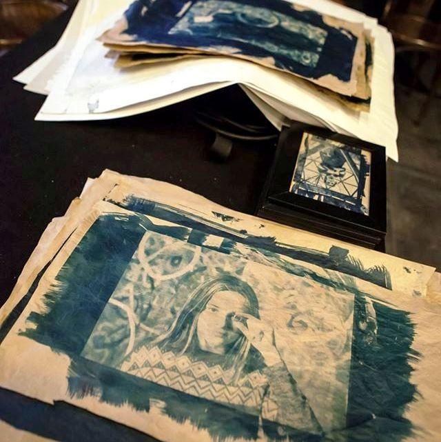 Atelier cyanotype CIDM 5 janvier.jpg