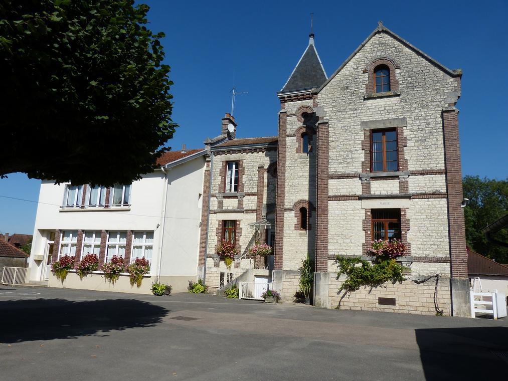 Saint-Léger-près-Troyes.JPG