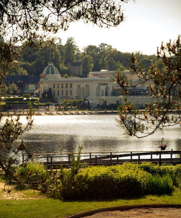 Le Casino et le lac©GDBDO.jpg