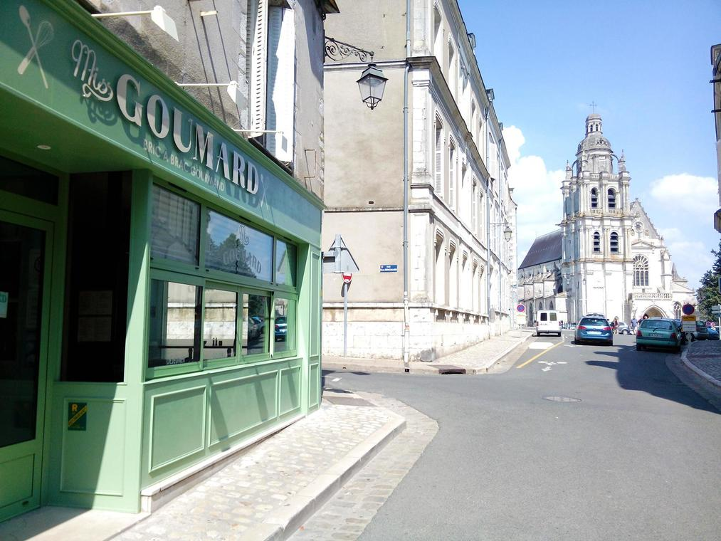 Miss Gourmard à Blois.jpg
