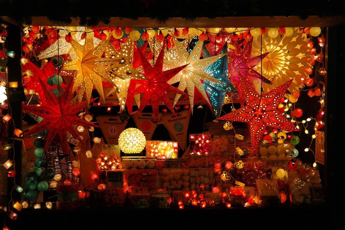 christmas-market-232204_1280.jpg