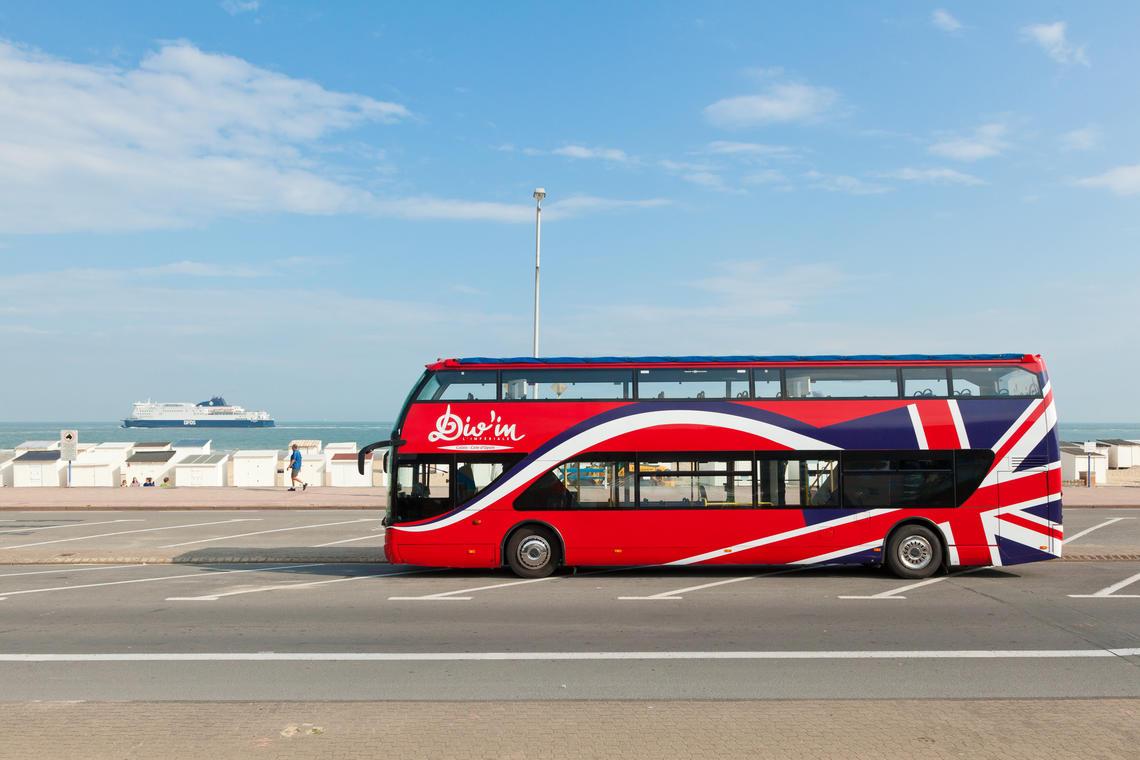 Autobus-Divin-Photo-Office-de-Tourisme-Calais-Cote-d-Opale.jpg
