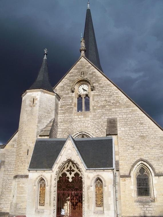 Église_Saint-Julien-de-Brioude_de_Saint-Julien-les-Villas.JPG