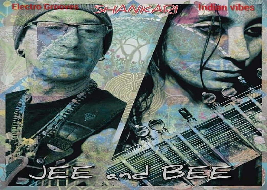 01_JEE_AND_BEE.jpg