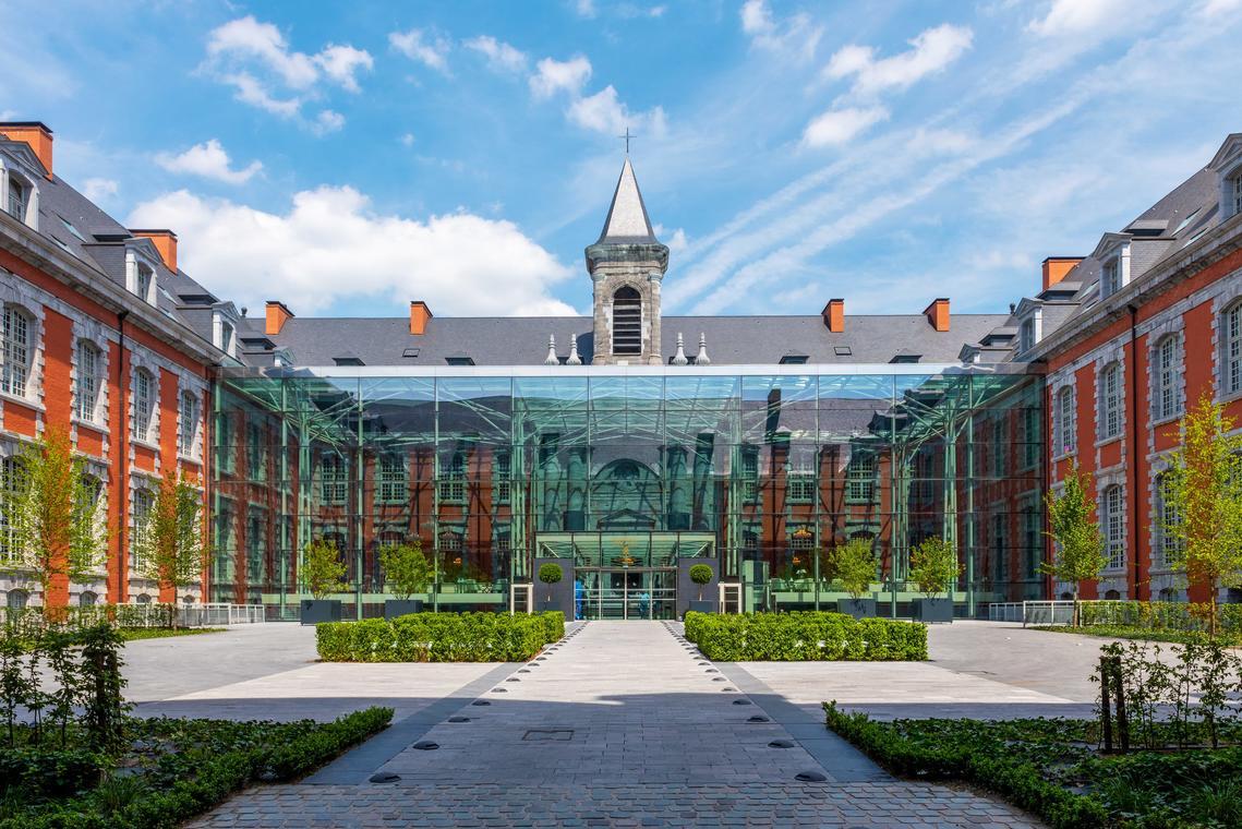 Facade Royal Hainaut Jour MD-min.jpg