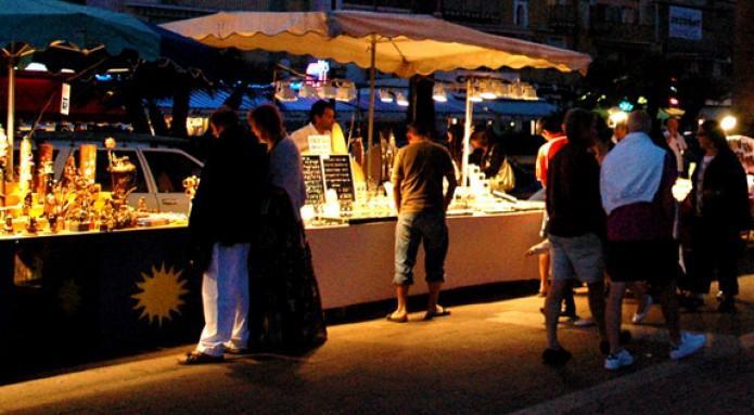 1er marché de nuit de saint-benoit.jpg