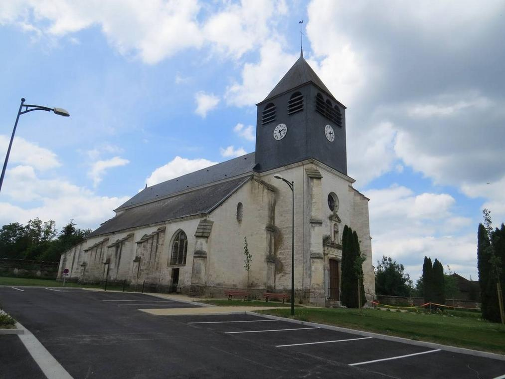 église vauchassis.jpg