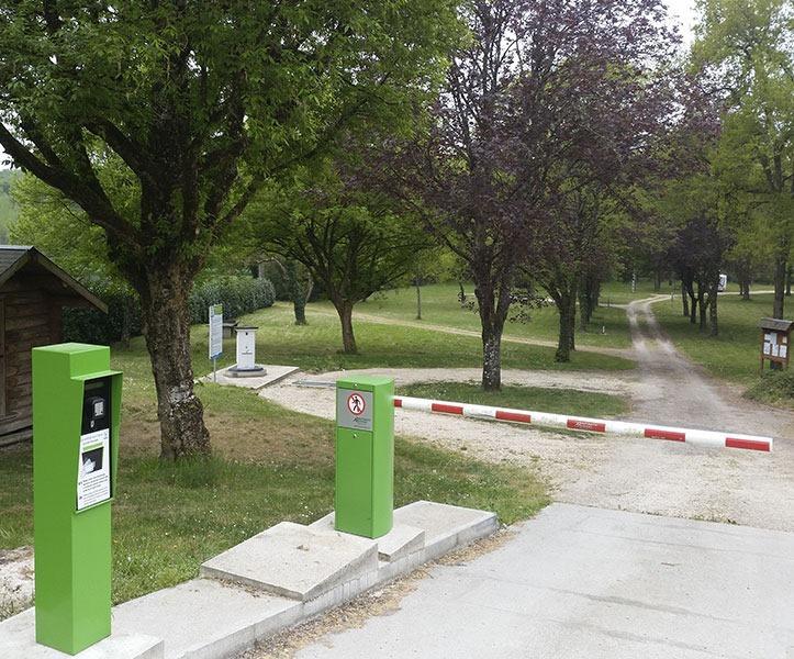 41-loir-et-cher-aire-campingcarpark-les-montils.jpg