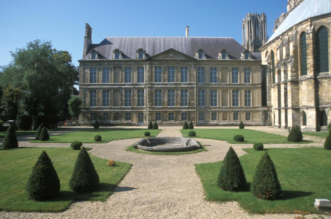 Reims-Palais du Tau(1)_©Michel Jolyot.jpg