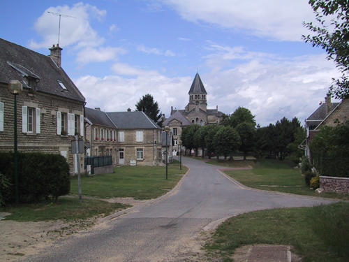 VILLAGE DE LEUILLY-SOUS-COUCY