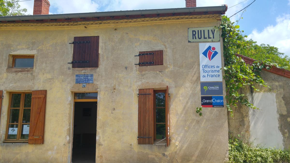 Rully-antenne-office-facade-2016-OT
