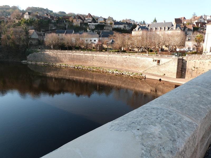 Vue du Vieux Pont Montignac ©ALR