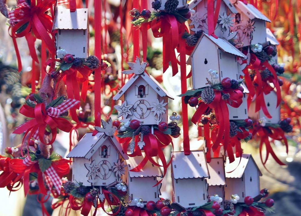 christmas-decorations-3030546-1920-2